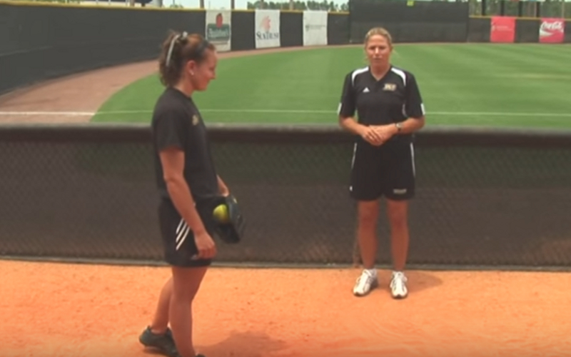 26 Funny Fastpitch Softball Team Names